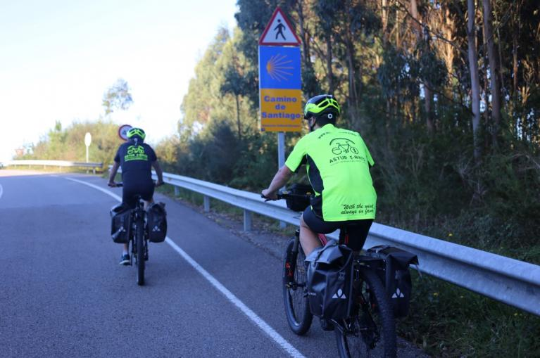 Cyclists in the Camino de Santiago